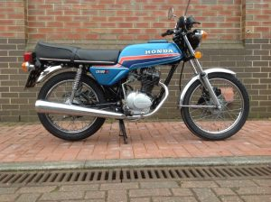 CB400T Honda - Superdream - Full Restoration